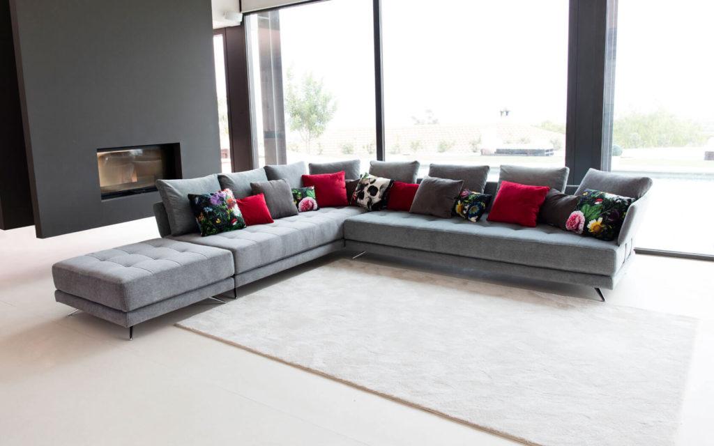 Sofas San Diego - Custom Sofas and Recliners